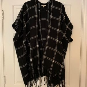 Black and White Tunic/cape - Size XS/S